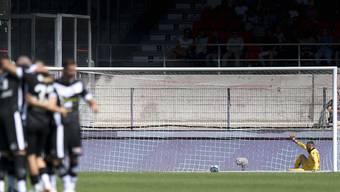 Einsamer Goalie: Sittens Anthony Maisonnial verzeichnet im Wallis einen Horrorstart