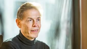 Netzwerkforscher und MIT-Professor Peter Gloor. Aufgenommen am 22. März 2018 beim Aarauer Einstein. Gloor wohnt in Aarau.