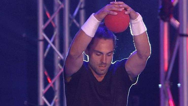 Moritz Alder in der ersten Runde von Ninja Warrior Switzerland.