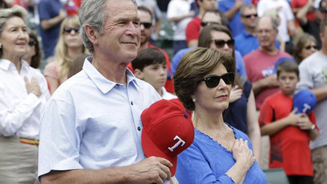 War auch schon unbeliebter: Ex-US-Präsident George W. Bush (Archiv)