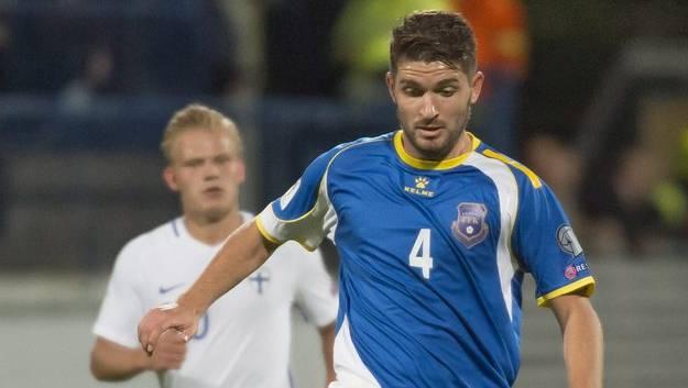 Nach dem 1:1 in Finnland spielen Alban Pnishi und die kosovarische Nationalmannschaft morgen erstmals zu Hause.