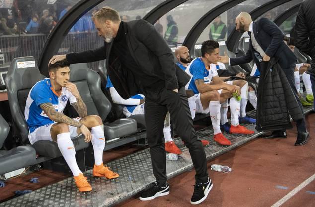 GC und sein Trainer Thorsten Fink (M.) sind in der Krise.