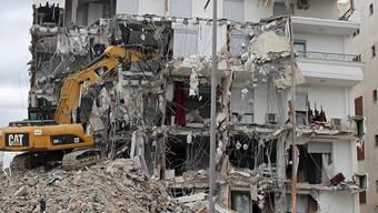 Durch das Erdbeben am 25. November in Albanien waren rund 17'000 Menschen obdachlos geworden. 90 Gebäude wurden komplett zerstört und 80'000 teils schwer beschädigt. 51 Menschen starben. Das Beben der Stärke 6,4 war das verheerendste in dem Land seit Jahrzehnten. (Archivbild)