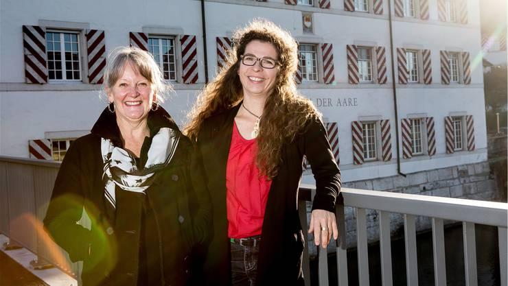 Victoria Edwards (l.) und Ina Johann gehen auf künstlerische Entdeckungsreise.
