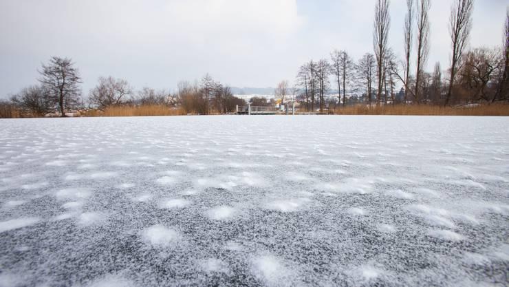 Zugefrorener Hallwilersee: Betreten auf eigene Gefahr (Archiv)