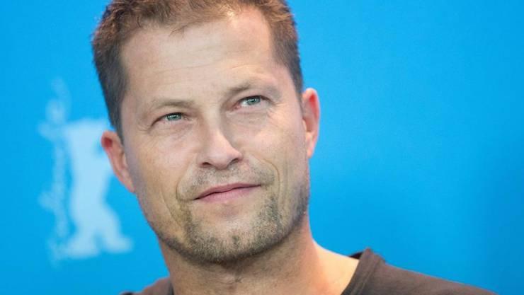 Til Schweiger ist happy: Seit zwei Monaten ist der Schauspieler mit einer 30-jährigen Regieassistentin liiert (Archiv).