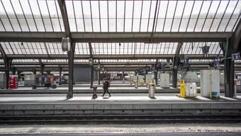 Dichte ist relativ – selbst der Zürcher Hauptbahnhof ist manchmal fast menschenleer.