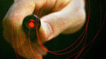 Ein Buschauffeur der Zürcher Verkehrsbetriebe (VBZ) ist am Samstagabend im Stadtzürcher Kreis 3 von einem Laserstrahl geblendet worden. (Symbolbild).
