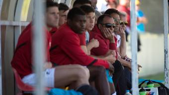 Solothurns Trainer Aziz Sayilir (2. v. r.): «Ich habe jetzt Möglichkeiten von der Ersatzbank aus.»