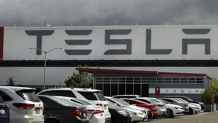 Tesla, amerikanischer Hersteller von Elektroautos, schreibt weiter schwarze Zahlen. (Archivbild)