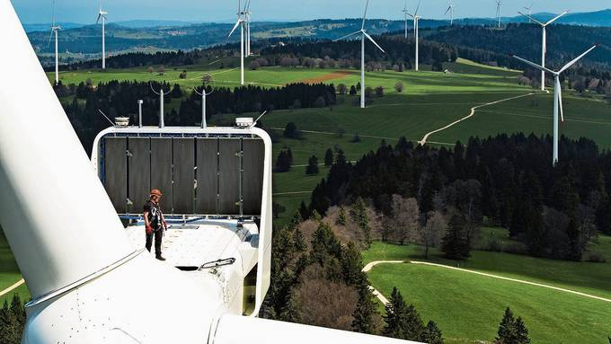 Der Bundesrat will dafür sorgen, dass mehr Windpärke gebaut werden.