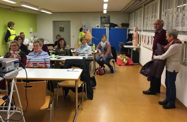 An der ausserordentlichen GV am Pappelweg 32 in Oberentfelden haben die Mitglieder an der ausserordentlichen GV einstimmig der Neugründung des unabhängigen Vereins zugestimmt.