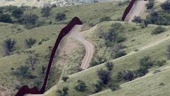 Der Zaun markiert die amerikanische Grenze im Bundesstaat Arizona (Symbolbild)