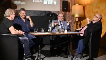 Von links: Eine spannende Gesprächsrunde mit Kurt Gilomen, Werner Günthör, Samuel Schmid und Dagobert Cahannes.