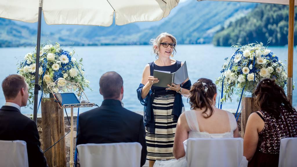 Hochzeitsfeiern können momentan keine stattfinden – dafür gibt die Planung umso mehr zu tun.