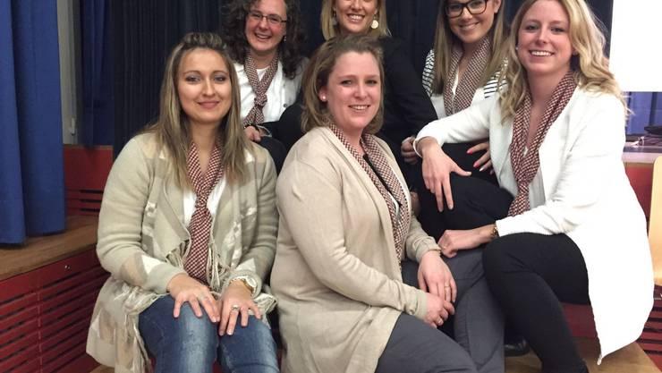 Vorstand der Damenriege Urdorf 2016 Monika Marty, Michèle Flück, Pascale Flück (oben von links) Melanie Baumgartner, Bettina Altorfer, Flavia Altorfer (unten von links) Foto: Martina Schaffner