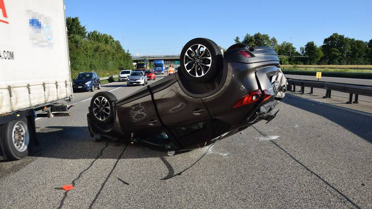 Unfall auf der A2 bei Egerkingen