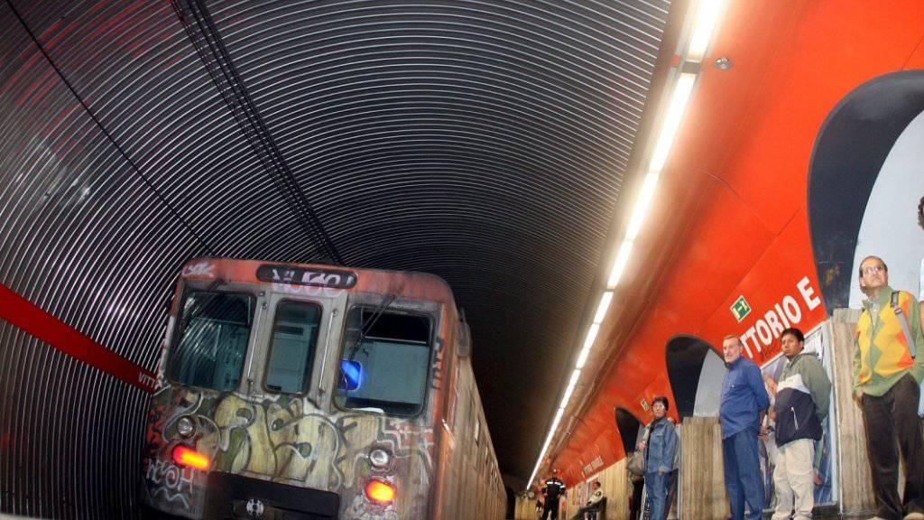 Nach dem Erdbeben am Sonntagabend wurden Teile der U-Bahn in Rom vorübergehend gesperrt. (Symbolbild)