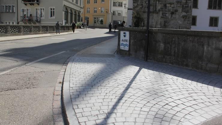 Die Musterpflästerung bei der Alten Aarebrücke gefällt dem Brugger Einwohnerrat.