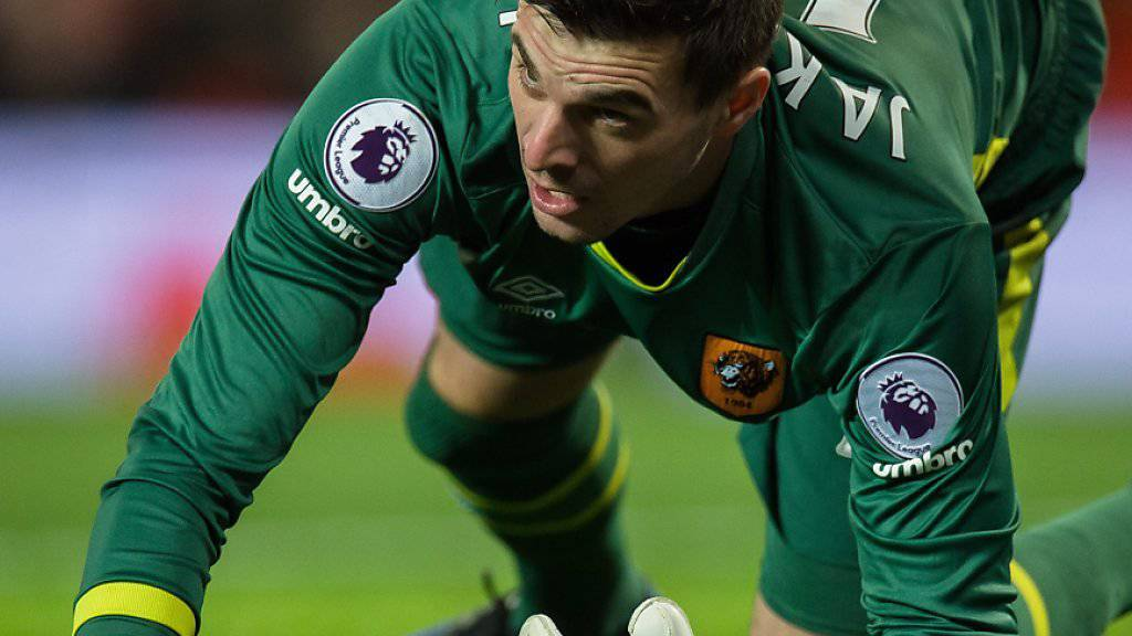 Am Boden: Eldin Jakupovic steigt mit Hull City aus der Premier League ab
