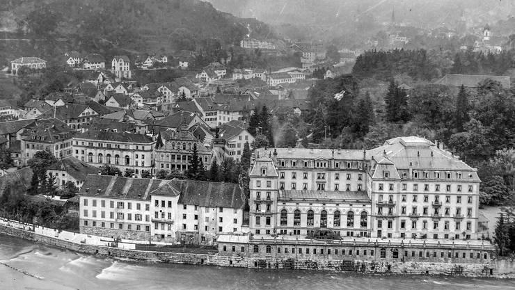 Das Grand Hotel in seiner Gesamtansicht im Jahre 1944, kurz vor dem Abbruch.