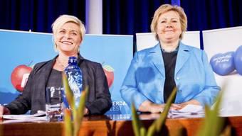 Siv Jensen (.) und Erna Solberg
