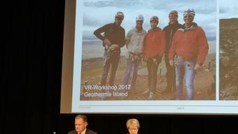 Die Leitung der IBAarau (Eniwa) zeigt an der GV Bilder vom Workshop in Island.