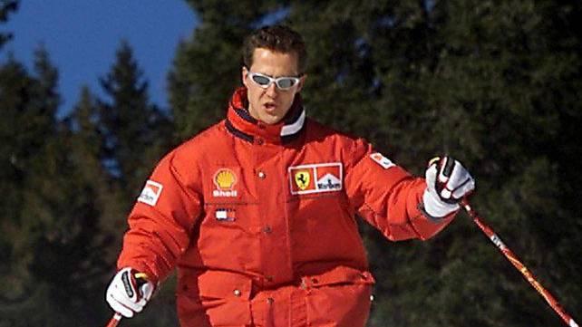 Michael Schumacher beim Skifahren in Madonna di Campiglio, beim Unfall in Meribel trug er einen Helm. (Archivbild).