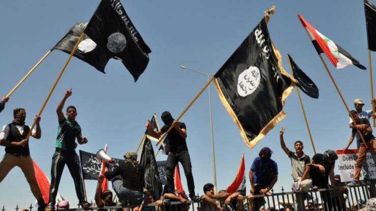 Ein Aargauer aus der Region Baden soll ein ranghoher IS-Terrorist gewesen sein. (Symbolbild)