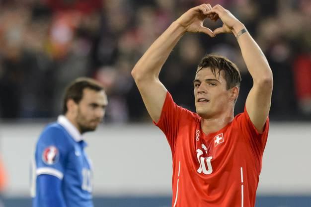 Torschütze Granit Xhaka macht das Herz für die Schweizer Fans