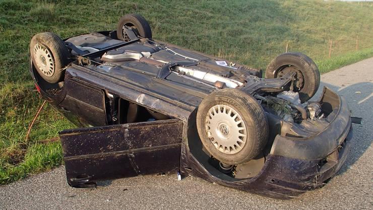 Das Auto erlitt beim Unfall einen Totalschaden.