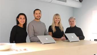 Das Aarauer Team: Hiba Hassan (Dentalassistentin), Ertan Wittwer (Gründer), Vera Bänziger (Dentalassistentin), Daniela Nerstheimer (Zahnärztin, v.l.).