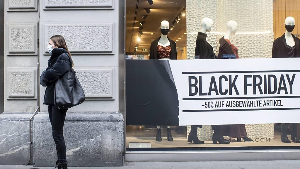 Händler zeigen sich zufrieden mit Black Friday und Cyber Monday