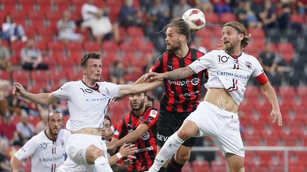 Der FC Aarau muss sich auswärts mit einer Niederlage gegen Xamax abfinden.