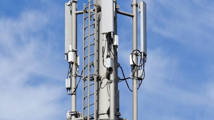 In Laupersdorf sollen gleich zwei Mobilfunkanlagen gebaut werden. (Symbolbild)