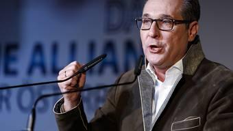 Heinz-Christian Strache am Mittwochabend in Wien bei der Ankündigung, das Politcomeback anzustreben.