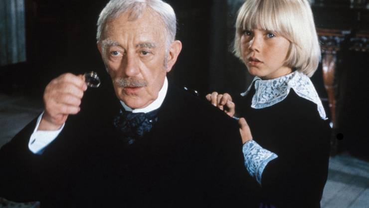 Der kleine Lord (1980) erzählt die Geschichte des achtjährigen Cedric Errol, der vom jungen aus bescheidenen Verhältnissen zum Lord mutierte. Gespielt wurde der kleine Lord von Ricky Schroder.