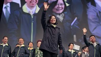 """Soll sich zum """"Ein-China-Grundsatz"""" bekunden: Die neu gewählte Präsidentin Taiwans Tsai Ing Wen. (Archivbild)"""