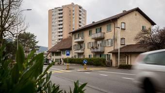 Die Hertensteinstrasse wird zu einer Schleuse: Im Frühling wird eine Lichtsignalanlage in Betrieb genommen, die den Verkehr nach Baden dosiert.