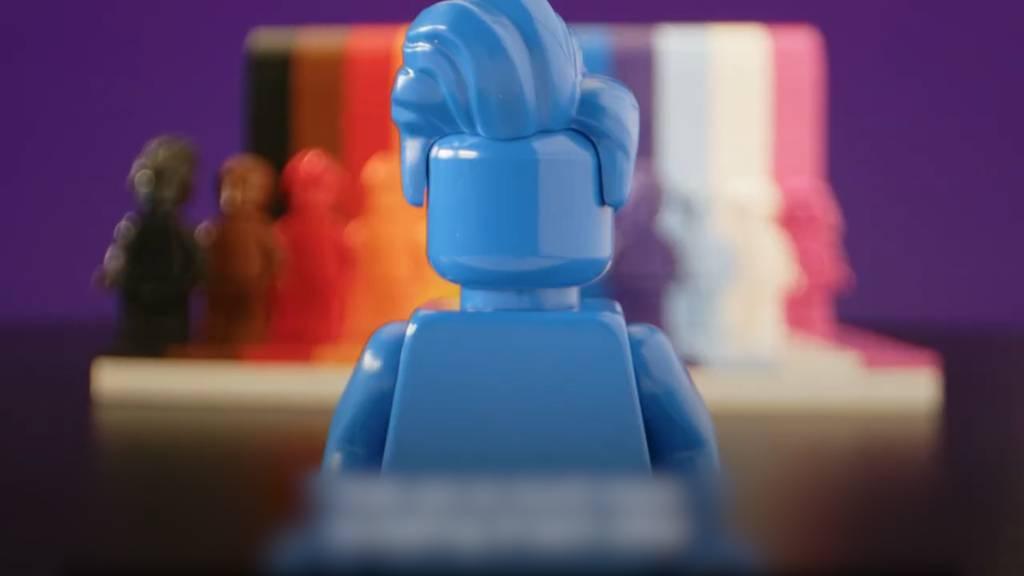 Lego bringt zum Pride-Monat Set in Regenbogenfarben heraus