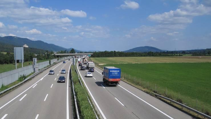 Mit dem Ausbau der Autobahn geht Landwirtschaftsland verloren. Das bedarf einer neuen Planung.