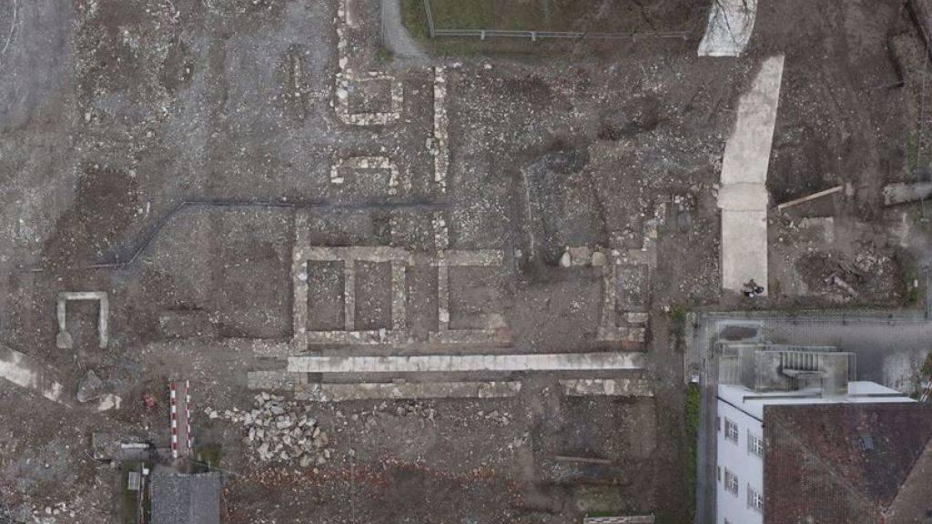 Die Überreste der früheren Gebäude der Psychiatrischen Klinik Königsfelden in Windisch AG aus der Vogelperspektive.