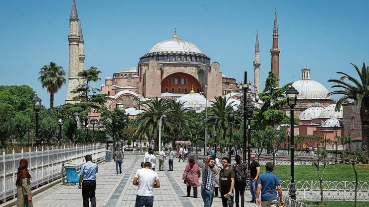 Kirche, Moschee, Museum, jetzt wieder Moschee: Die Hagia Sophia in Istanbul hat eine bewegte Geschichte.