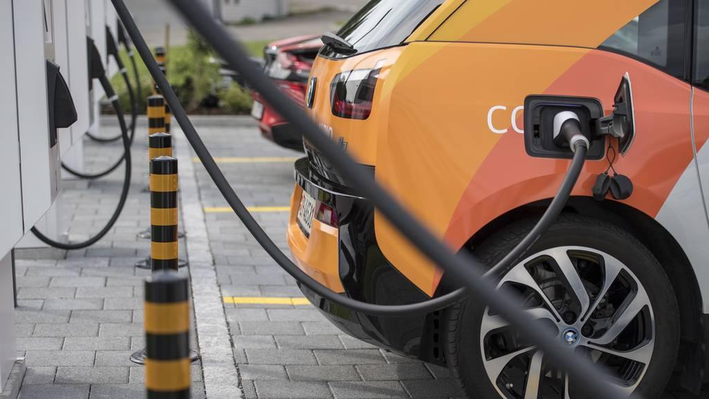 St.Galler Regierung will mehr Elektro-Ladestationen