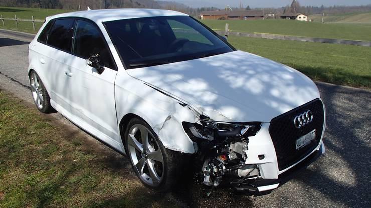 Das beschädigte Fahrzeug: Es ist ein Schaden von rund 20 000 Franken entstanden.