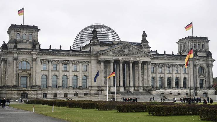 Die Unionsparteien verlieren in einer regelmässigen Wählerumfrage in ihrer Popularität in Deutschland. (Archivbild)