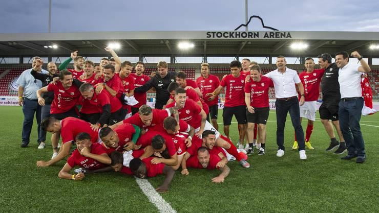 Grosser Jubel bei den Spielern des FC Vaduz nach dem vollbrachten Aufstieg in die Super League.