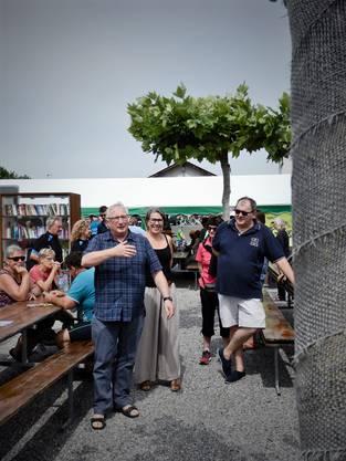 In Subingen begrüsst Gemeindepräsident Hans Ruedi Ingold