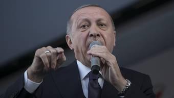 Insbesondere seit dem Putschversuch vom Sommer 2016 geht Erdogan scharf gegen kritische Medien vor.