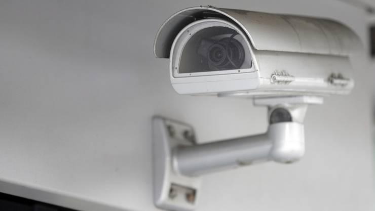 Die Firma Dialarme wirbt mit gratis Einbau von Sicherheitsausrüstung - die Kosten folgen später.